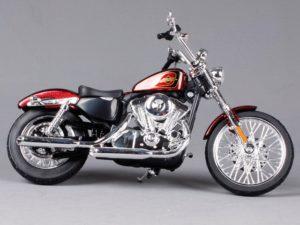 HARLEY-DAVIDSON XL 1200V SEVENTY-TWO 2012 RED MET