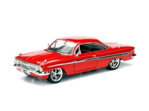 "Dom's Chevrolet Impala ""Fast And Furious 8"" 1961 Red"