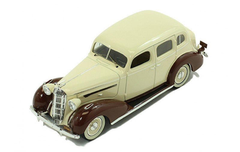 Buick Series 40 Special 1936 Beige/Brown