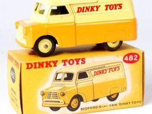 Bedford 10 cwt Van Dinky Toys Yellow